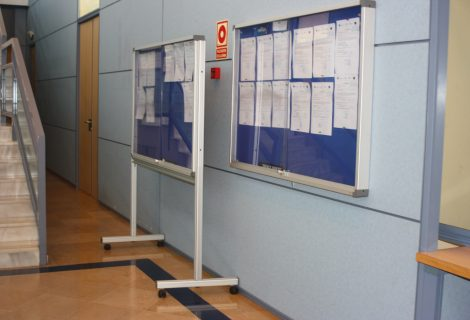 Relación de aspirantes admitidos/as y excluidos/as en la convocatoria para la contratación de 2 técnicos administrativos en general