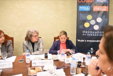 El Imdeec participa en el debate sobre el acceso de la mujer a la empresa organizado por el periódico 'El Día de Córdoba'