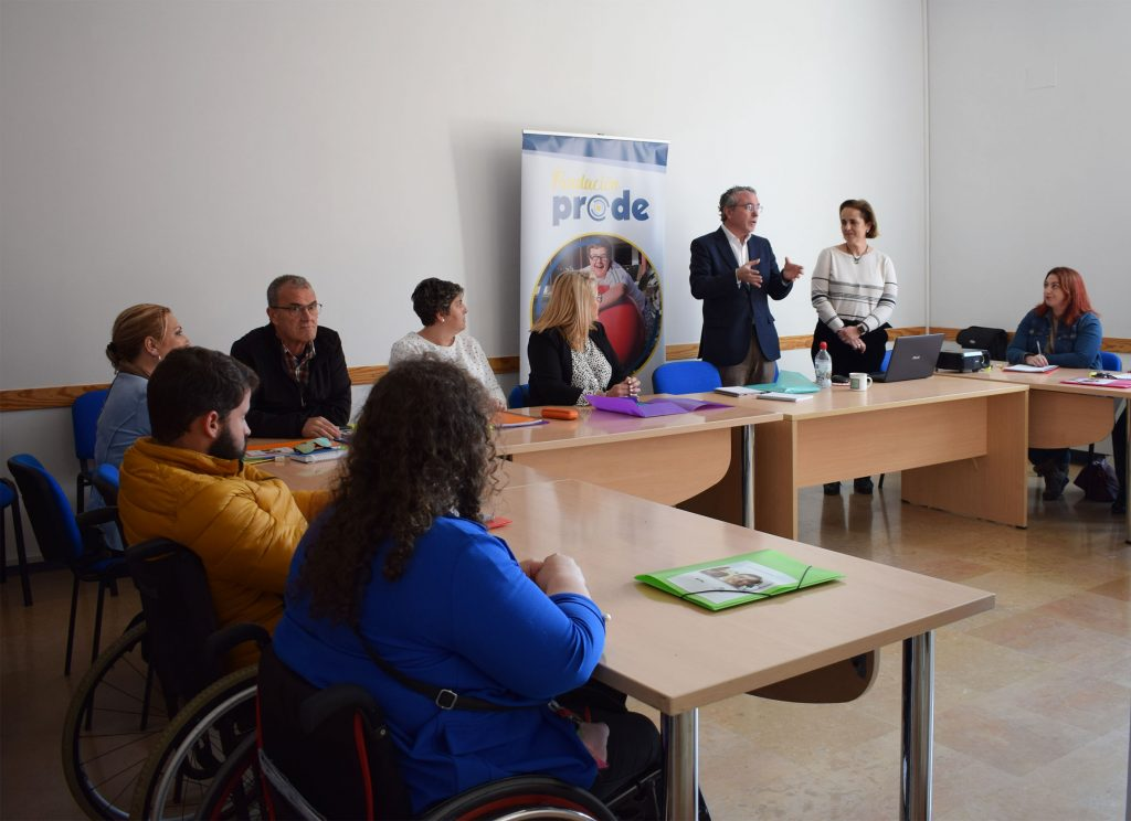 25 personas con discapacidad se forman en el sector 'Contact Center' en un programa de la Fundación PRODE financiado por el Imdeec