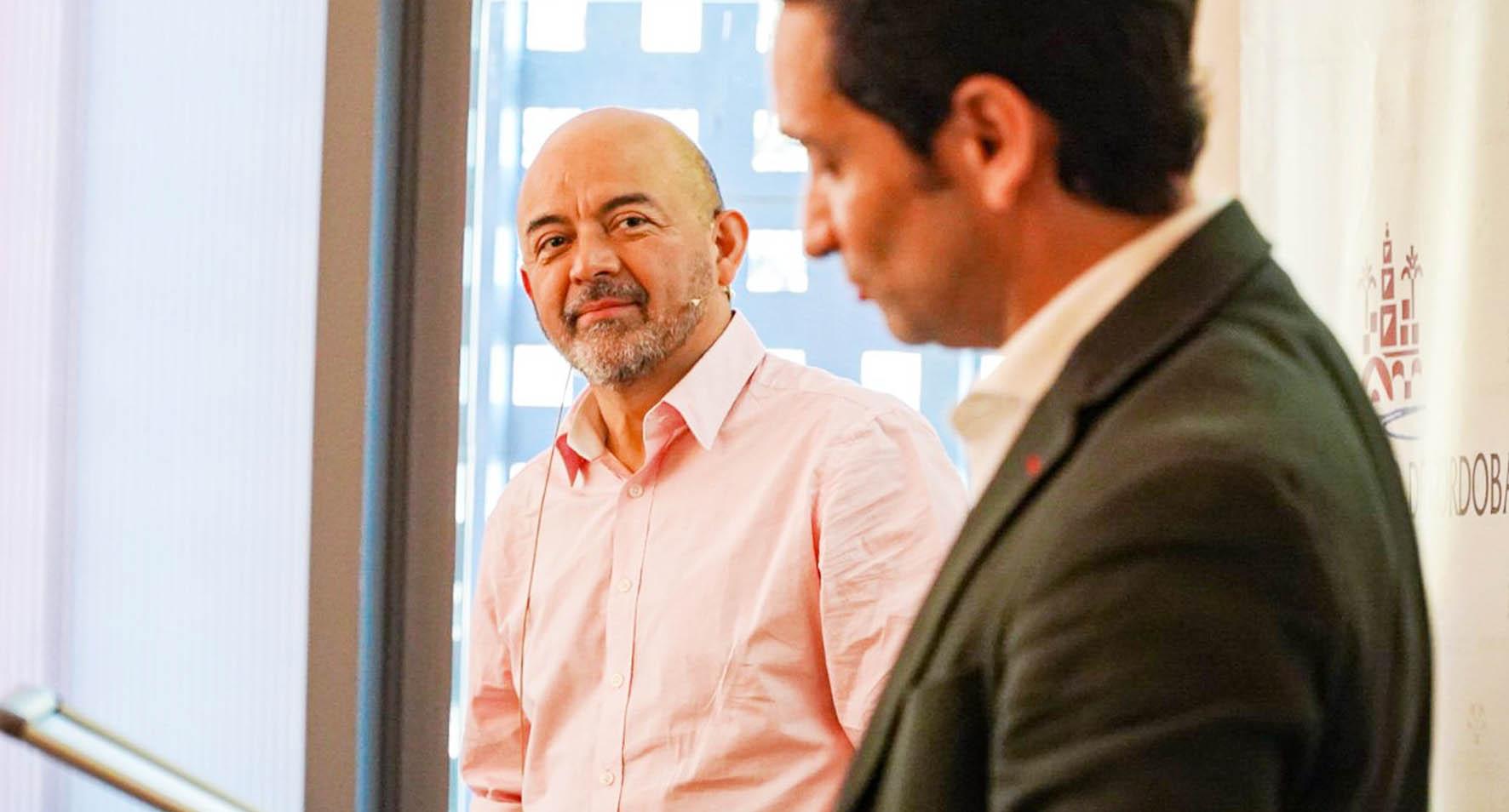 René Rojas, CEO de HubBOG, visita el Vivero de Empresas Baobab para hablar de emprendimiento con las startups de Córdoba