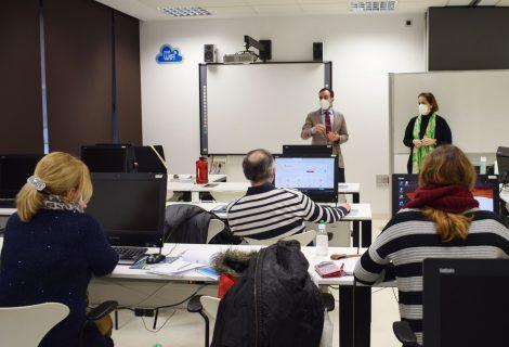 Participantes de la Lanzadera Conecta Empleo de Córdoba conocen nuevas medidas de apoyo al emprendimiento