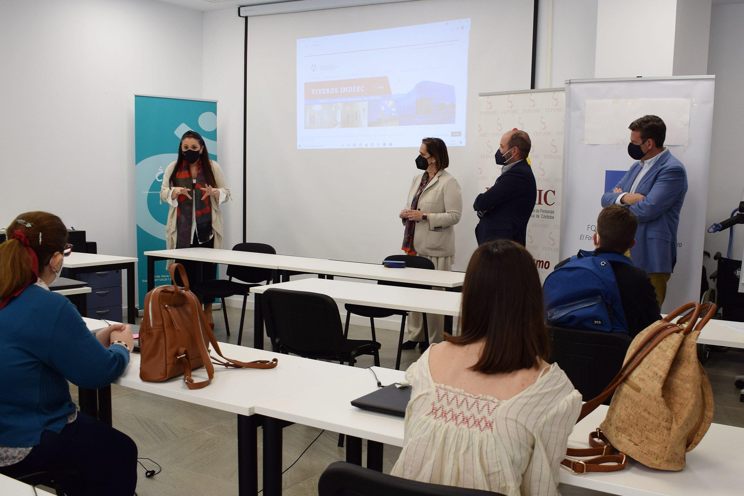 FEPAMIC pone en marcha un curso de datos y documentos dirigido a jóvenes con discapacidad, financiado por el IMDEEC