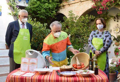'Salmorejeando por España' promocionará Córdoba en Madrid, Barcelona y Valencia, con apoyo del IMDEEC