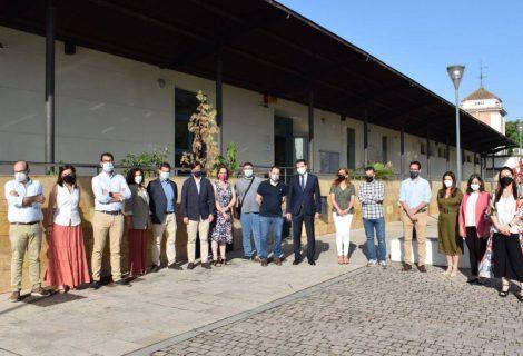 Nueve empresas de Córdoba forman a 130 personas y realizan 25 contratos gracias a la ayuda del IMDEEC